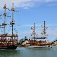 Пиратские шхуны. :: Виктор Евстратов