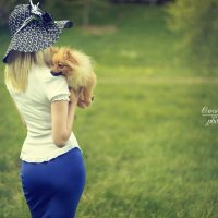 Дама с собачкой :: Ольга Гребенникова