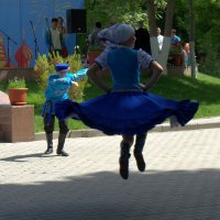 В вихре танца :: Александр Грищенко