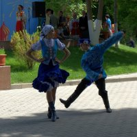 В вихре танца.... :: Александр Грищенко