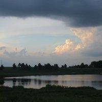 Вечернее озеро :: Наталия Носова