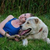 Лера и её любимая собака Юкка. :: Любовь