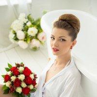 Сбор невесты Александры :: Кристина Невиль