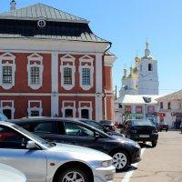 здание Магистрата, или ратуши  и Благовещенская церковь :: Наталья Маркелова