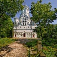 Храм Иоанна Предтечи в Дьякове :: mila