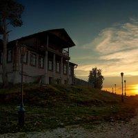Остров-град Свияжск в лучах вечернего солнца :: Алексей Калугин