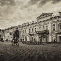 Прогулки по вечернему городу** :: Павел Федоров