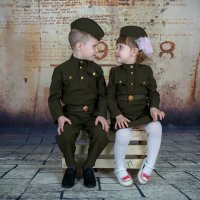 Братик и сестрёнка :: Виталий Левшов