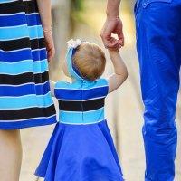 Мама рядом, папа рядом, что еще для счастья надо? :: Дарья Пирог