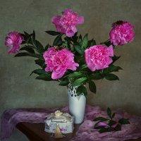Пора цветения пионов :: Ирина Приходько