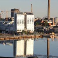 Раннее утро в порту Стокгольма :: vasya-starik Старик