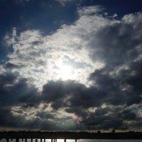 Сквозь облака :: Виталий Павлов