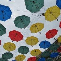 Аллея зонтиков в Соляном переулке(г.Санкт-Петербург) :: Наталья