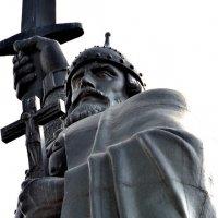 Памятник Илье Муромцу :: Елена Данилина