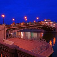 Лужков мост :: Alex