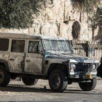 Полицейский автомобиль в Иерусалиме :: Сергей Вахов