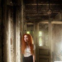 На грани рассвета и потухшей свечи...... :: Светлана Саяпина