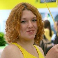 девушка с шариками или с изюминкой :: Олег Лукьянов