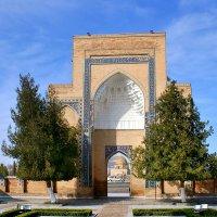 Гур-Эмир - мавзолей азиатского завоевателя Тамерлана (также известного как Тимур) в Самарканде :: Денис Кораблёв