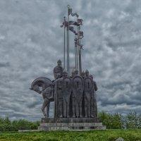 Памятник дружине Александра Невского в Пскове :: Nikolay Ya.......