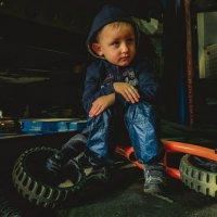 брутальный малыш... :: Павел Генов