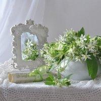 Цветы и ангелы - небесные созданья… :: Валентина Колова