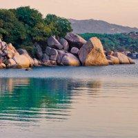 Камни, море, закат, Вьетнам :: Наталья Краснюк