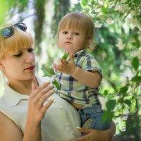 Алина и ее сын Егорка) :: Юлия Воронова