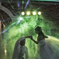 Свадебный танец :: Виктор Калабухов