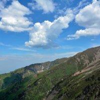 пейзаж гор :: Горный турист Иван Иванов
