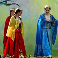 Три красавицы Фото №2 :: Владимир Бровко