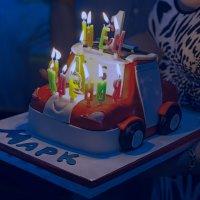 С днем рождения! :: Геннадий Оробей
