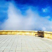 Скамейка в облаках :: Александр