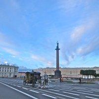 на Дворцовой площади :: Елена