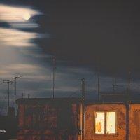 Луна :: Nerses Matinyan