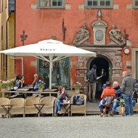 Кафе на площади :: Олег Попков