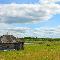 Деревенская банька на берегу озера :: Милешкин Владимир Алексеевич