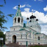 Свято-Троицкая церковь возведена по проекту арх. А.И. Кракау на деньги барона А.Л. Штиглица :: Елена Павлова (Смолова)