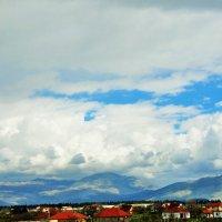 Горы и облака :: Людмила