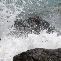 И бьются волны... :: Ольга Иргит