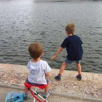 Кто же так ловит рыбу?! :: Андрей Лукьянов