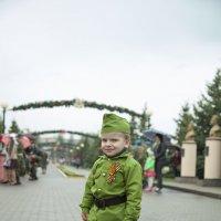 защитник :: Евгений Осадчий