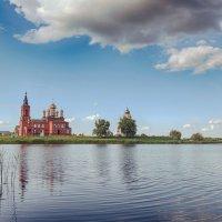 Святое озеро. :: Александр Селезнев