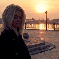На набережной :: Яна Васильева