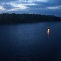 Вечер на реке... :: Алёна Савина