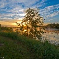 Утренняя река Дубна. :: Виктор Евстратов
