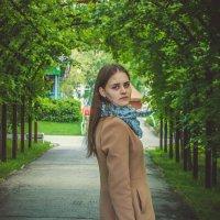 Ксюша в парке :: Света Кондрашова