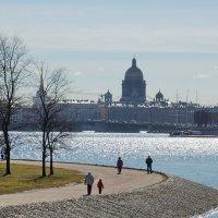 Прогулка по городу :: Игорь Шипов