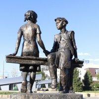 Памятник детям - труженникам тыла :: Татьяна Гузева