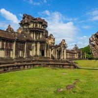 Камбоджа. Ангкор Ват - самый большой храм в мире. XII век. :: Rafael
